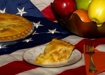 American_apple_pie by Larry D Moore CC BY SA 3pt0 wiki